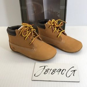 Timberland Baby Booties New Sz 4 wheat